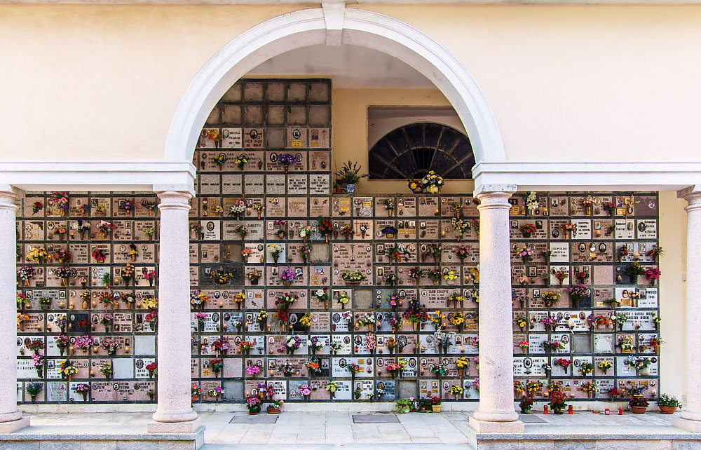 typical-columbarium-in-italy.jpg