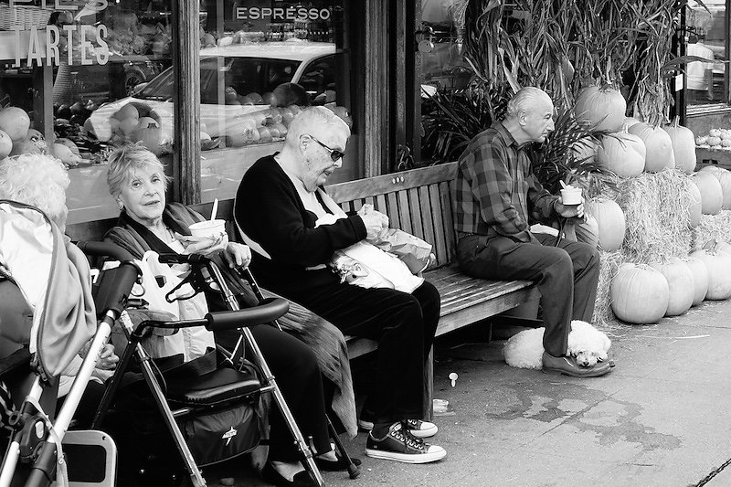 old-folks-sitting-on-a-bench.jpg